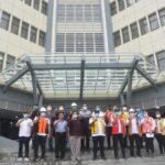 Kunjungan Wakil Menteri PUPR Bapak John Wempi Wetipo, SH.,MH, dalam rangka melihat perkembangan pengerjaan gedung kuliah terpadu di Politeknik Negeri Manado.