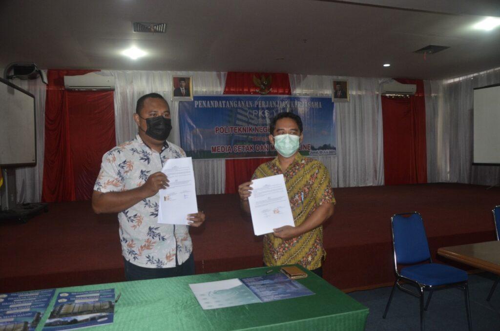 Penandatanganan Perjanjian Kerjasama antara Politeknik Negeri Manado dengan Media Cetak dan Media Online